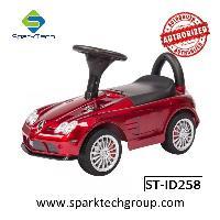 Giro di scooter per bambini Benz con licenza più calda su giocattoli per auto (ST-ID258)