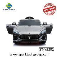 ライセンスされたマセラティの子供たちは卸売用の電気自動車のおもちゃに乗る(ST-YS302)